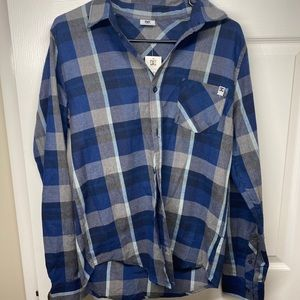 Men's small DC  long sleeve flannel